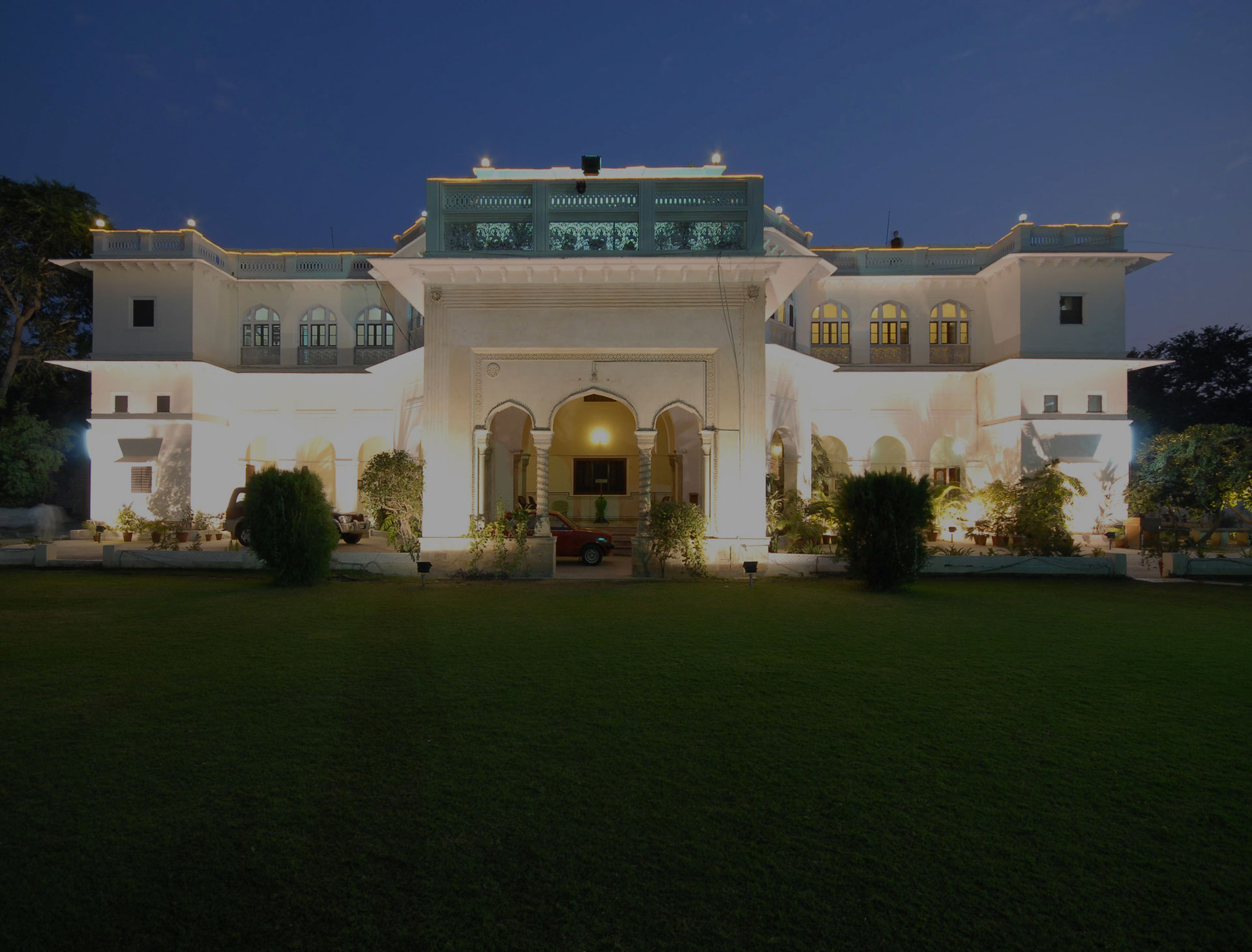 Heritage Hotel in Jaipur, Hotels in Jaipur, Book Hari Mahal Palace Hotel in Jaipur